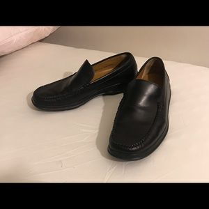 Cole Haan black leather size 9 loafers